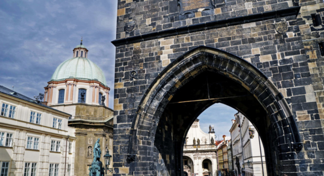 L'ingresso della Torre del Ponte Vecchio