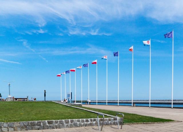 Bandiere sul lungomare di Gdynia