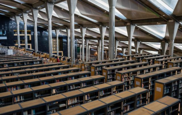 Bibliotheca Alexandrina, interno