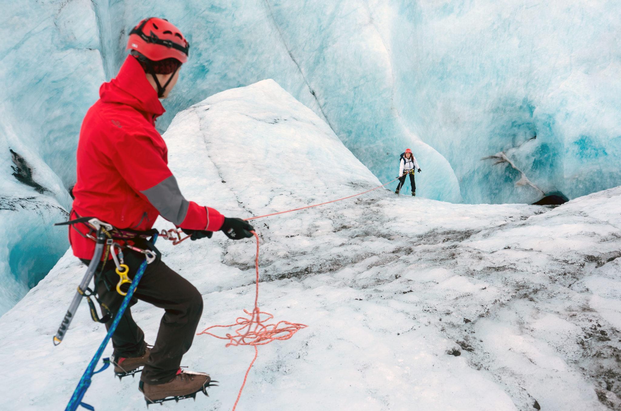 Arrampicata sul ghiacciaio di Eyjafjallajökull